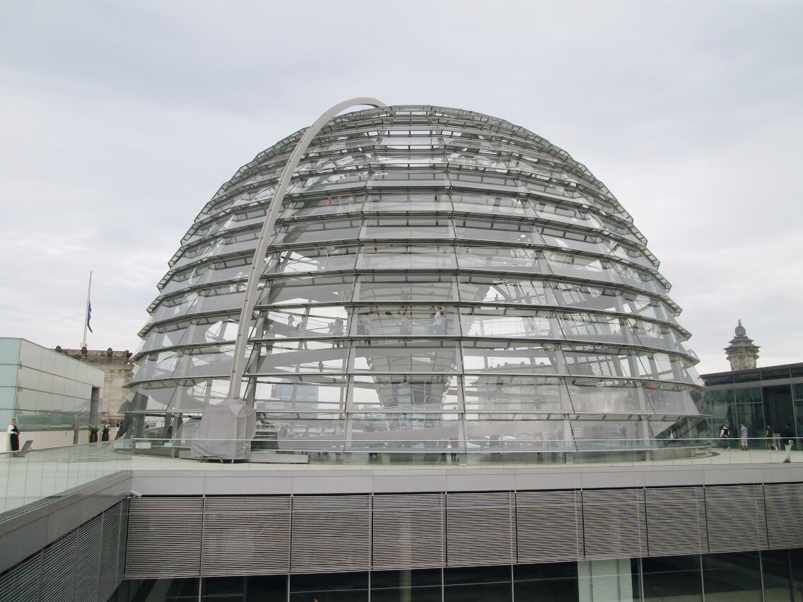 Bundestag dome from outside